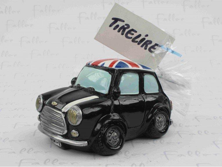 Tirelire mini noire avec drapeau anglais et dragées de mariage