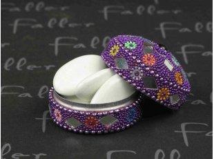 Dragées mariage dans boite colorée perlée