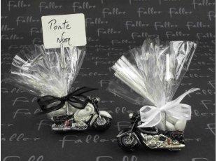 Moto porte photo noire et  blanche avec dragées mariage