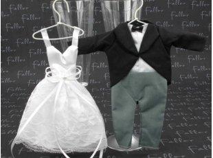 Dragées mariage et pochons costume et robe de mariée