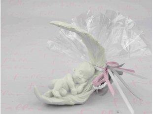 Assortiment figurines bébés endormis sur plume dragées baptême fille