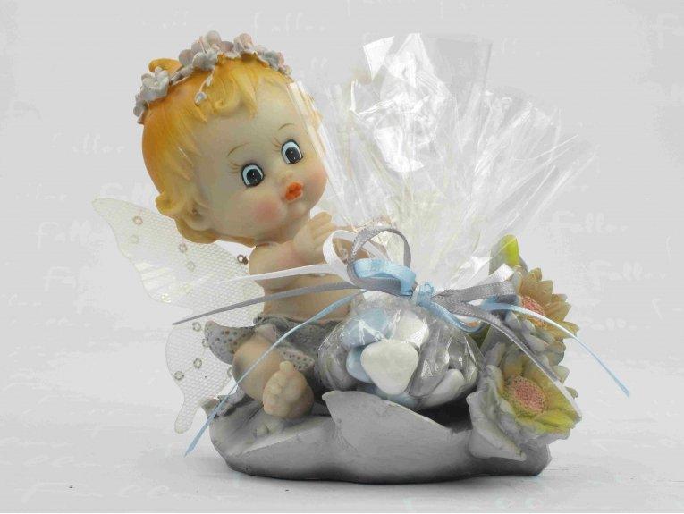 Figurine bébé garçon elfe torse nu et dragées baptême fleurs