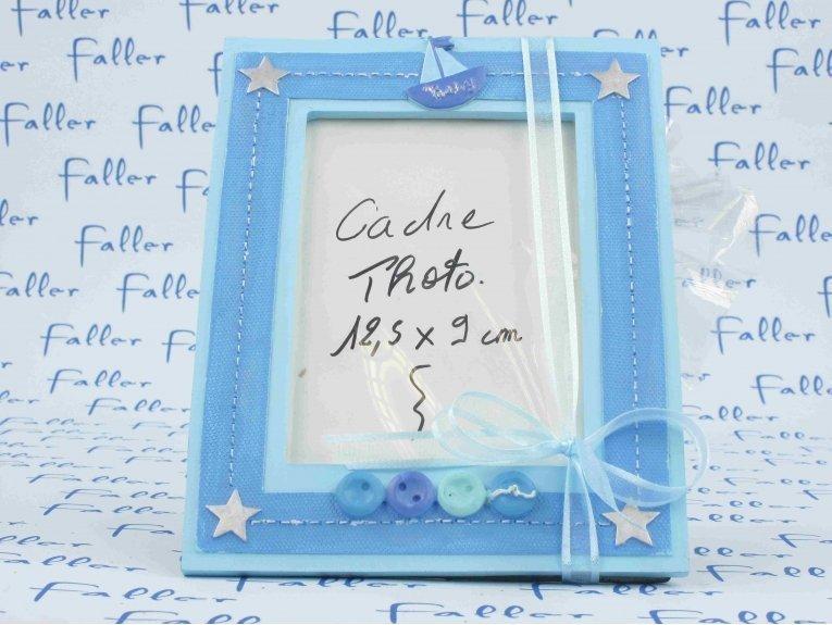 Cadre photo bleu étoiles avec dragées baptême garçon